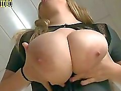 roko video-milking time 1