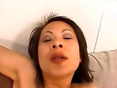 Thai hooker hardcore sex with BBC - asiantubes