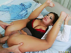 Brunette Hair Nurse With Large Milk Shakes And Wazoo Swallows His Dick In Her Black Wazoo Cave