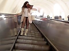 Jeny Smith subway pantyhose pussy flash
