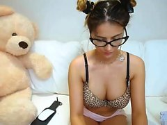 Very Hot Amateur babe Kitchen blow on Webcam