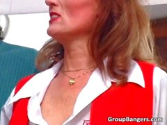 mature, putain de, hardcore, groupsex, viol collectif