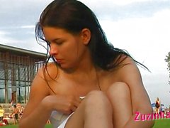 amateur, brunette, masturbation, de plein air, piscine