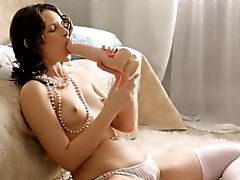 Pretty playgirl blows cock and exposes virgin pussy for bang