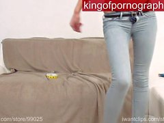 verry sexy teen - dancing in skinny jeans