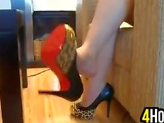 Teen In Nylons With Sexy High Heels