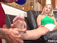 Petite Goldie does an EPIC footjob