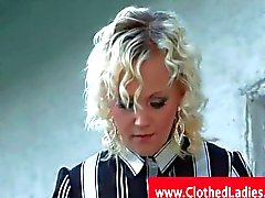 Blonde with pantyhose gets pussylicked