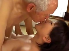 Young asian fingering her wet pussy