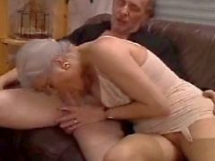 Bisex couple squirting