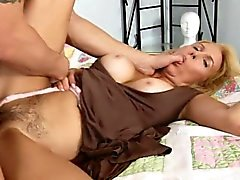 Pussy licking and crazy riding is what this horny mama needs