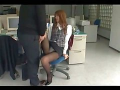 Office Lady In Pantyhose Getting Her Pussy Fingered On The Chair In The Office