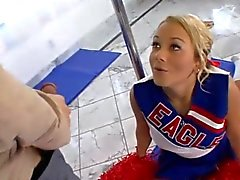 Flexible teen cheerleader loves the cock