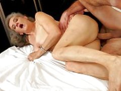 abuelita, abuela follando, granny porn video, granny sex movies, duro