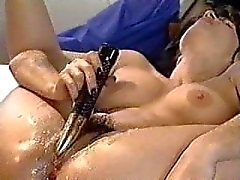 Madonna aged 18 squirting orgasm