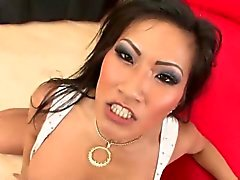 Messy facial for an Asian hooker