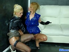 European bukake lesbo fisted at the gloryhole