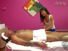 Cindy Starfall gives magic asian massage