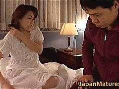Mature Japanese chick gets fingered part4