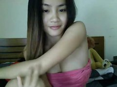 Filipino woman on cam