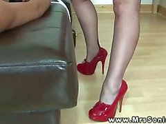 Busty matures in stockings queening sub