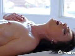 PORNPROS Oiled up massage turns into slippery fuck with Haven Rae
