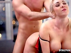 Boss Victoria Summers Fucks Her Employee