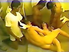 amateur, brunettes, éjaculations, viol collectif, interracial