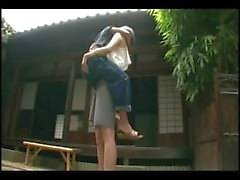 Tall hottie lifts a guy and makes out with him