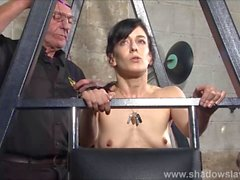 Slave Elise Graves needle bdsm and artistic punishment to tears of decorated masochist
