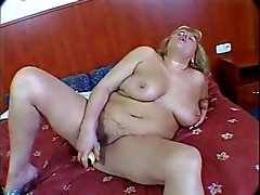 Lola Nole Plays With Her Pussy Then Eats Cock