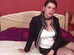 LaCochonne - French slut Clarisse ready to play dirty (French)