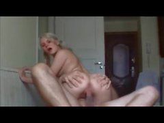 Amateur babe gets pussy and ass fucked on real homemade