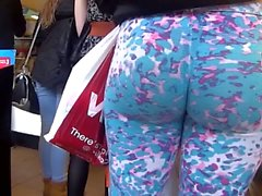 big butts, cames cachées, latex, spandex, yoga