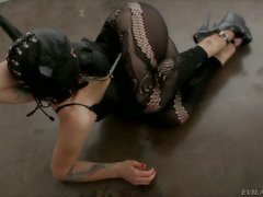 Fetish video with kinky pornstar Belladonna