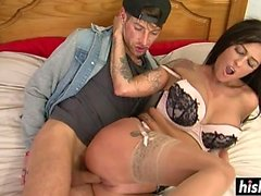 Tattooed Jordanna gets her cunt plowed