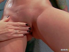 Riley Jensen is totally naked after losing straitjacket. She's a : Pornsharing hot videoclip
