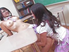 Big Boobed Taylor Vixen And Innocent Looking Sophia Jade Play With Each Other - Scene 1
