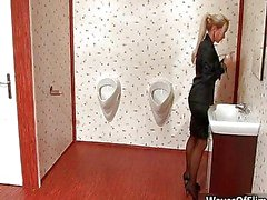 fille solo, le sexe oral, blond, caucasien, pipe