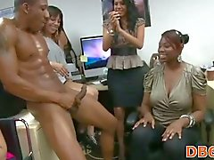Girls suck with passion ebony big tool in strip party