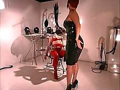 Mistress into asphyxiation dreams