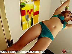 Thai Girl Mon Sexercise
