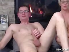 Mature couple fucking each other live at sexycamx
