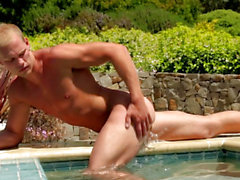 Outdoor dude jerking poolside in advance of jizz flow