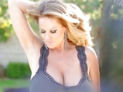 KELLY MADISON Poolside Pussy Big Titty Cumshot Swallowing