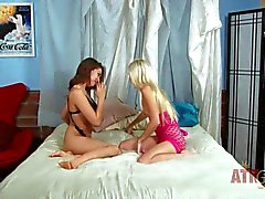 Petite chicks Odette Delacroix and Sara Luvv play in bed